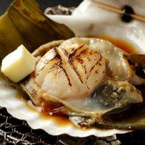 活帆立貝の磯焼き
